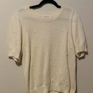 Downeast short sleeved cream sweater with dots